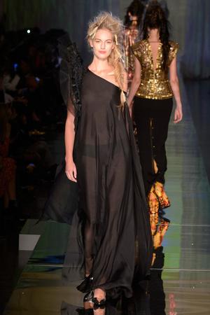 Показ Jean Paul Gaultier коллекции сезона Весна-лето  2017 года Haute couture - www.elle.ru - Подиум - фото 616789