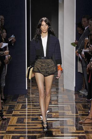 Показы мод Balenciaga Весна-лето 2012 | Подиум на ELLE - Подиум - фото 1827