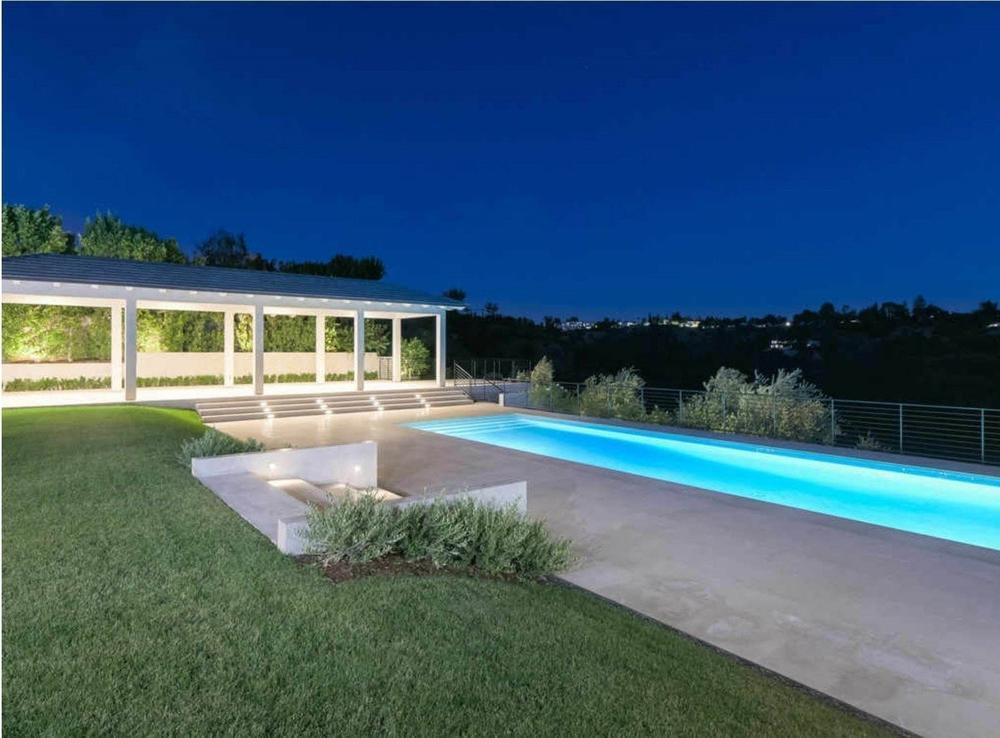 Дом Ким Кардашьян и Канье Уэст продан за 17,8 млн долларов | галерея [1] фото [7]