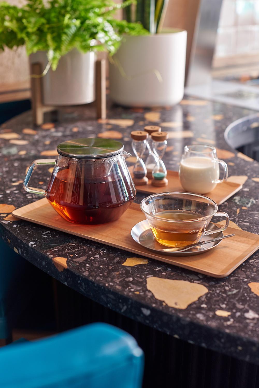 Чай и книги: бар Тильды Суинтон в Лондоне (галерея 8, фото 4)