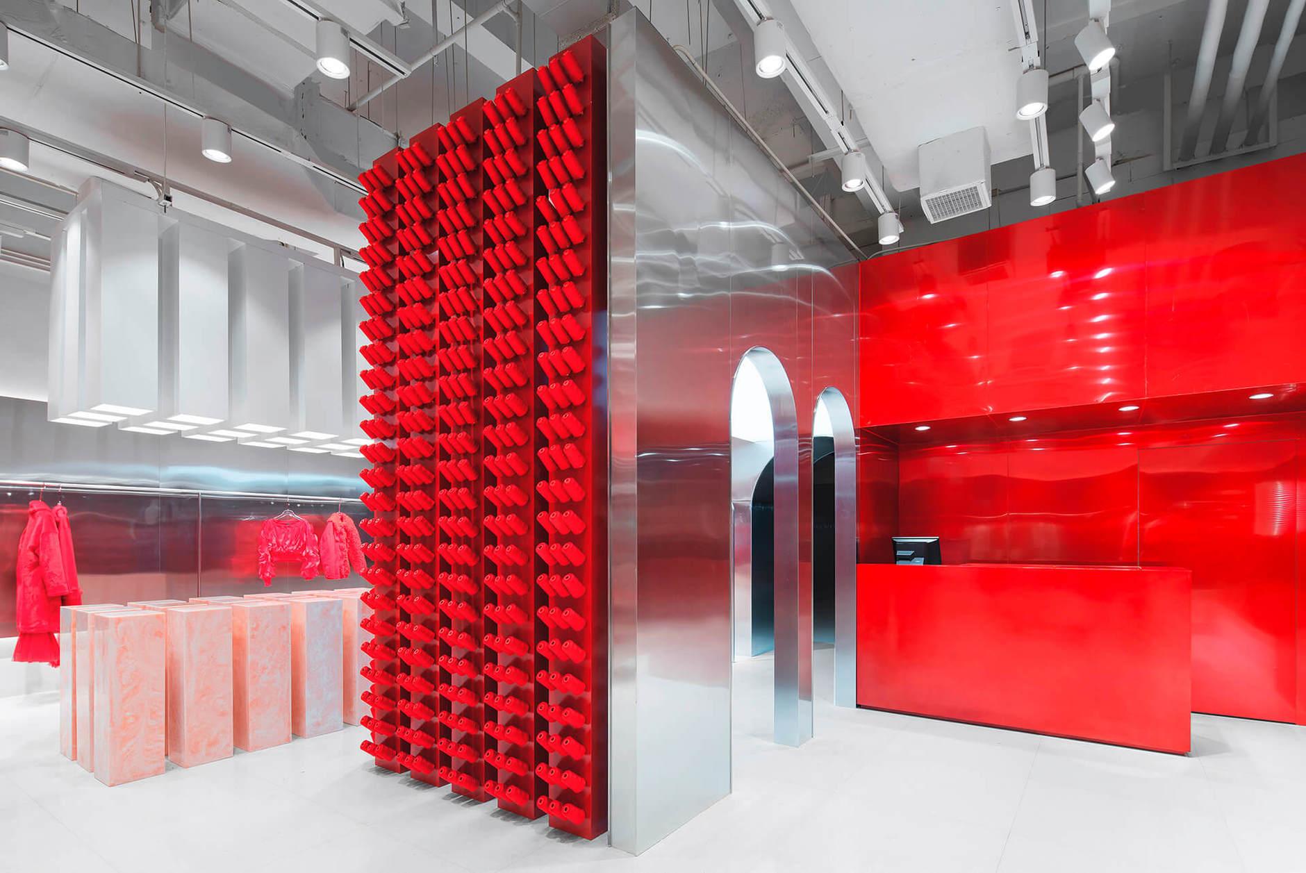 Яркий бутик одежды в Китае (галерея 7, фото 0)