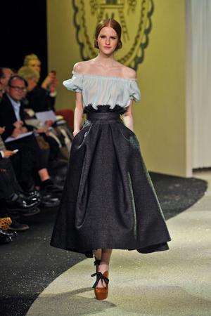 Показ Ulyana Sergeenko коллекции сезона Весна-лето 2013 года Haute couture - www.elle.ru - Подиум - фото 479058