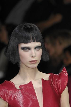 Показ Giorgio Armani Privé коллекции сезона Весна-лето 2009 года Haute couture - www.elle.ru - Подиум - фото 86738