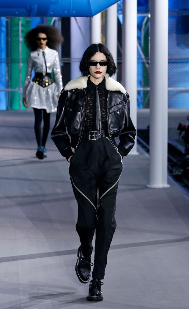 От хип-хопа до фанка 1980-х: смешение стилей на показе Louis Vuitton? (фото 10)