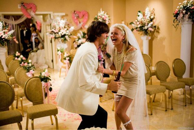 Самые известные свадебные платья из фильмов и сериалов (фото 32)