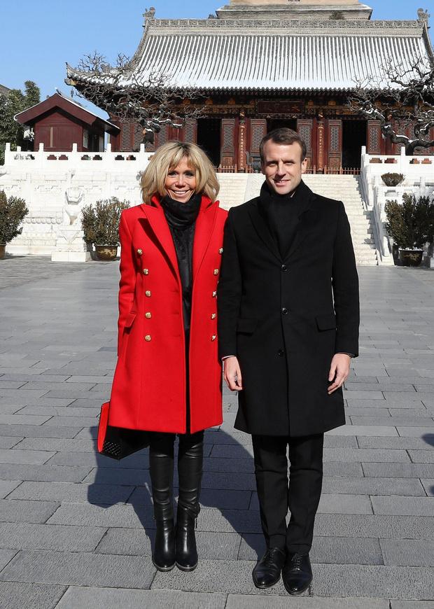 Все образы Бриджит Макрон из тура в Пекин (фото 1)