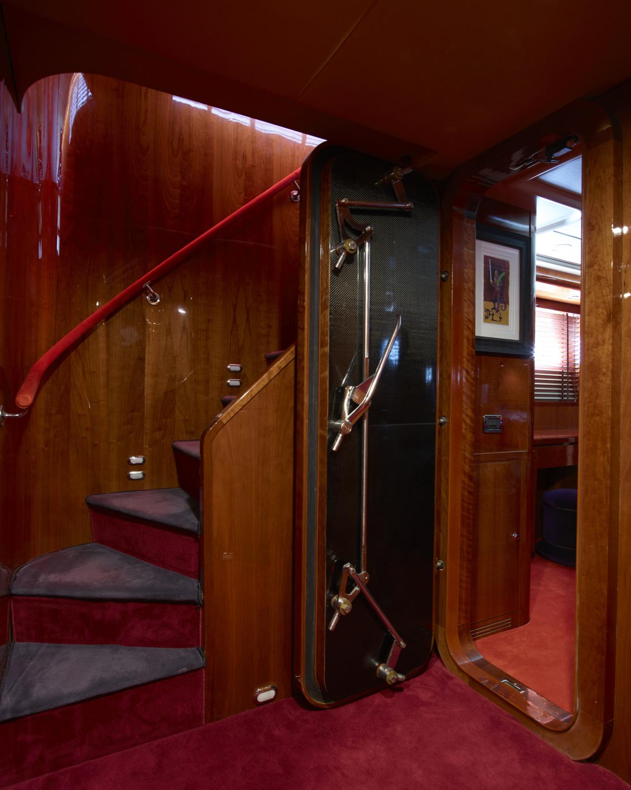 Морская прогулка: парусники и яхты от известных дизайнеров | галерея [6] фото [4]