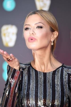 Виктория Боня на красной дорожке премии BAFTA-2018 (фото 4)