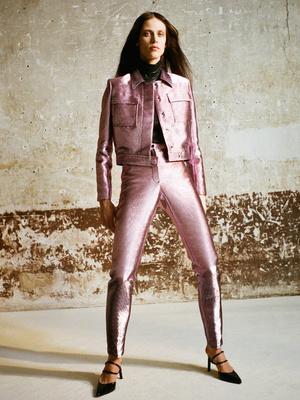 7 новых способов носить брюки на высокой талии (фото 10)