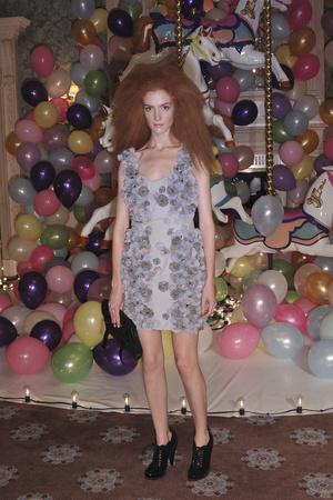 Показ Mulberry коллекции сезона Весна-лето 2010 года prêt-à-porter - www.elle.ru - Подиум - фото 112545