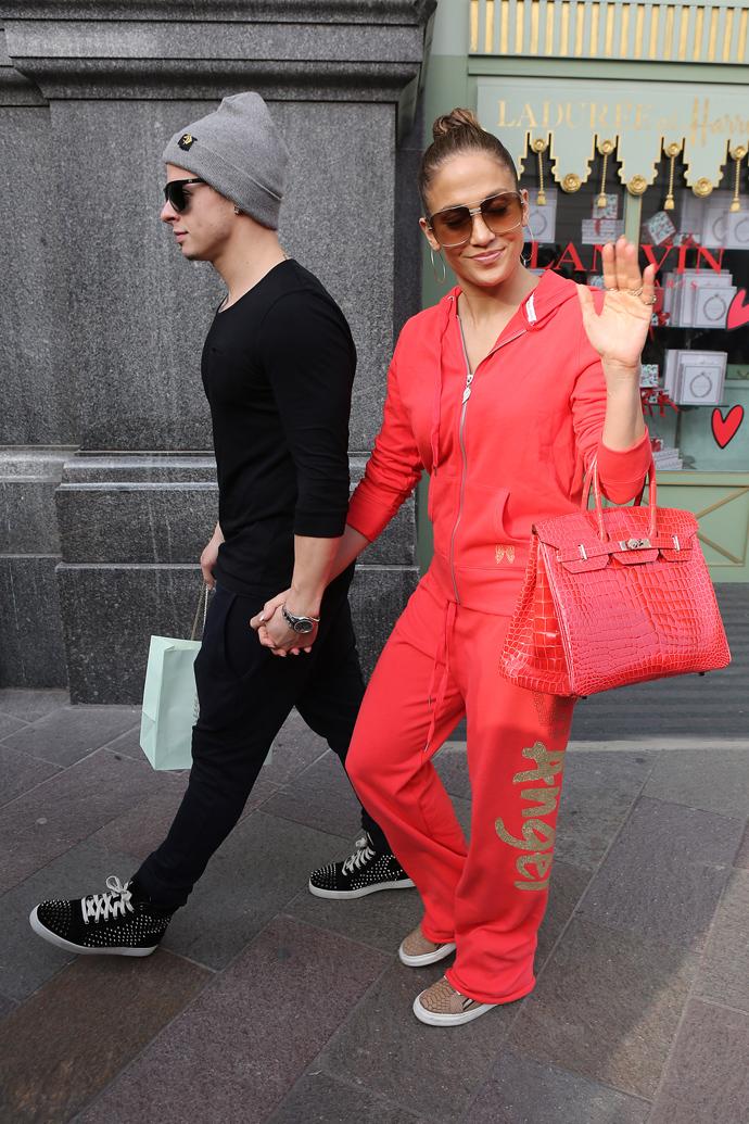 8490af505c5a Джейн Биркин требует убрать свое имя из названия сумки Hermès | Новости на  www.elle.ru