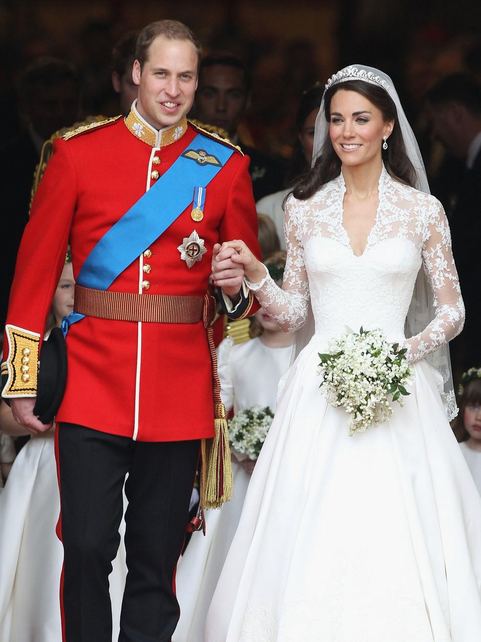 5c1dda72ead 7 лучших свадебных платьев знаменитостей