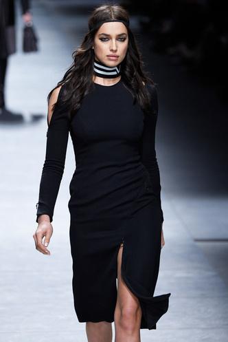 Ирина Шейк Versace