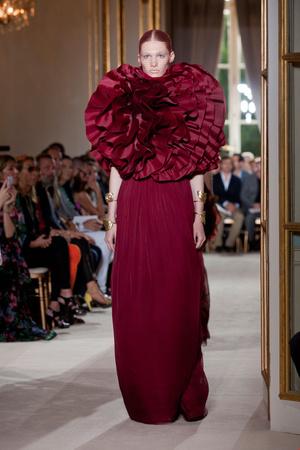Показ Giambattista Valli коллекции сезона Осень-зима 2012-2013 года Haute couture - www.elle.ru - Подиум - фото 403396