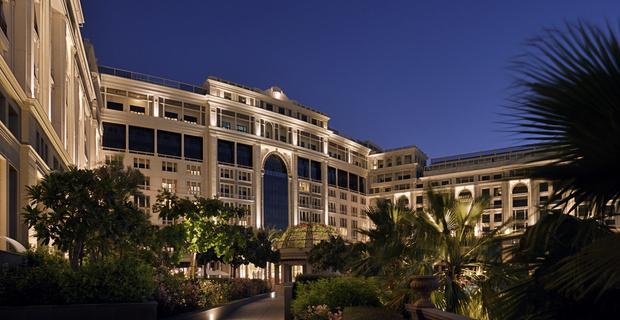 Дубайский отель Palazzo Versace Dubai как ода жизни в стиле Versace (фото 1)