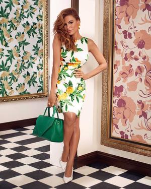 Жаркие летние ночи: Ева Мендес в рекламной кампании New York & Company x Eva Mendes (фото 2.1)