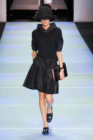 Показы мод Emporio Armani Осень-зима 2014-2015 | Подиум на ELLE - Подиум - фото 3944