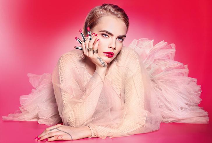 Губы, как у Кары: сияющий блеск и помада для губ Dior (фото 1)