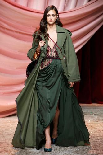 Побег из Самарканда: показ Ulyana Sergeenko Couture в Париже (фото 3.2)
