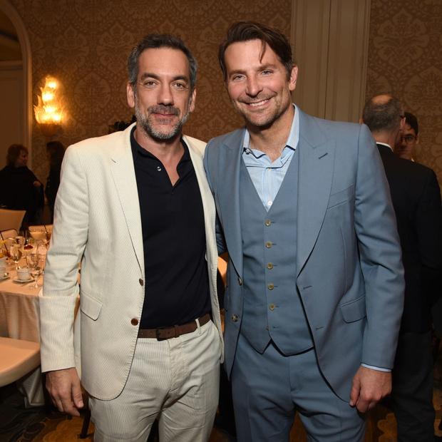 Сезон киновечеринок объявляется открытым: Брэд Питт, Леонардо Ди Каприо, Сирша Ронан и другие гости AFI Awards (фото 8)