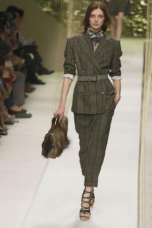 Показы мод Kenzo Весна-лето 2010 | Подиум на ELLE - Подиум - фото 2910