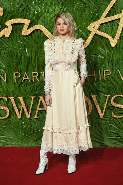 Меган Маркл опередила Кейт Миддлтон в рейтинге самых стильных людей (галерея 4, фото 1)