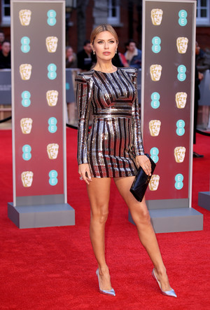 Виктория Боня на красной дорожке премии BAFTA-2018 (фото 1)