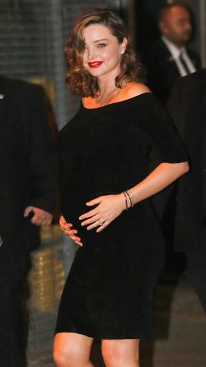 Мисс совершенство: два безупречных выхода беременной Миранды Керр (фото 5)