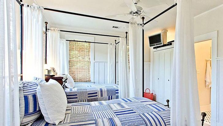 Сандра Буллок продает свой дом в Taйби-Айленд (фото 10)
