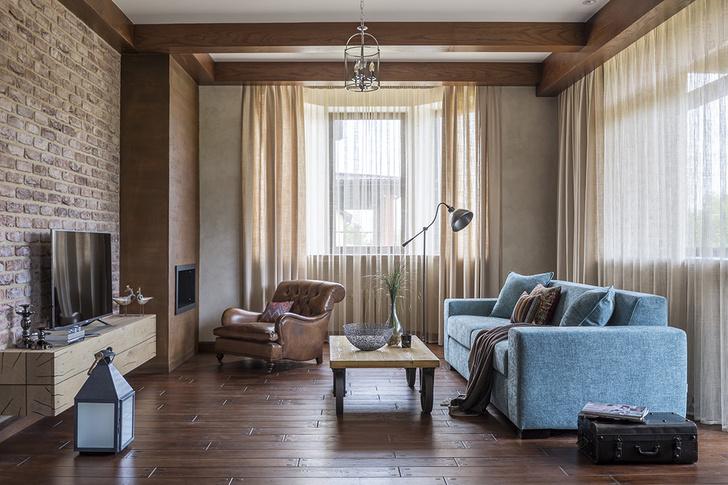 Дом в Подмосковье: интерьер с яркими акцентами фото [32]
