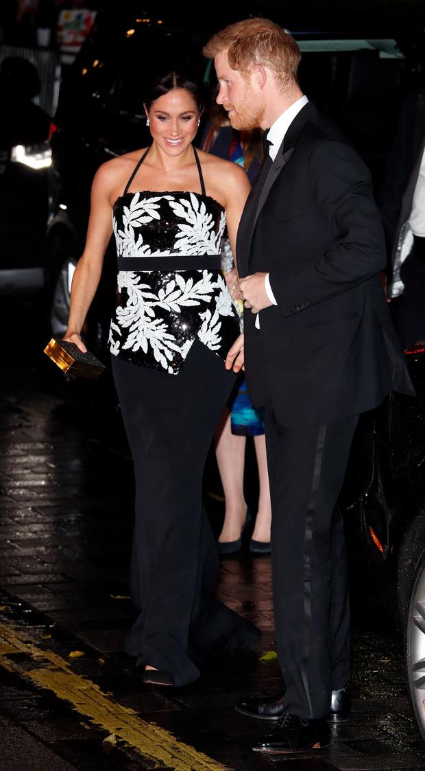 Прощай, королева: 30 лучших выходов Меган Маркл в качестве члена монаршей семьи (фото 49)