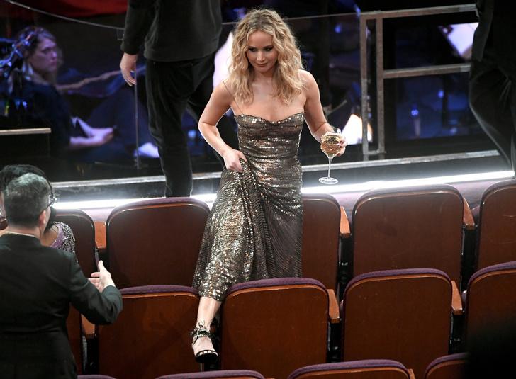 Дженнифер Лоуренс произвела фурор на «Оскаре» (фото 2)
