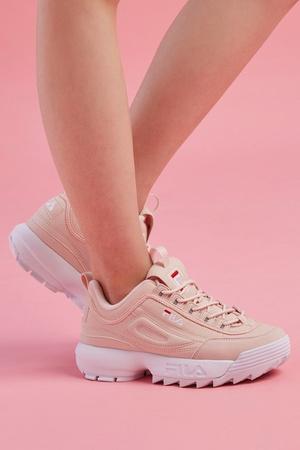 Millennial pink: кроссовки какого цвета будут актуальны этой весной (фото 1.1)