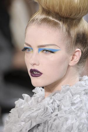 Показ Christian Dior коллекции сезона Осень-зима 2010-2011 года Haute couture - www.elle.ru - Подиум - фото 167379