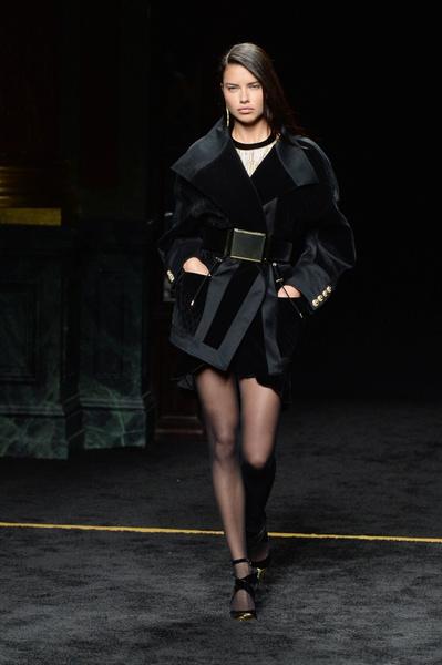 Неделя моды в Париже: 5 марта | галерея [1] фото [1]