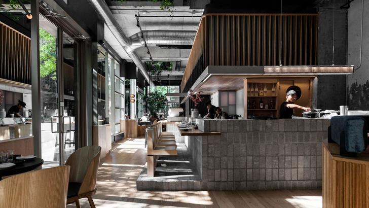 Стильный суши-бар в Монреале (фото 0)