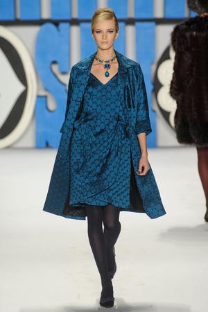 Показ Anna Sui коллекции сезона Осень-зима 2012-2013 года Prêt-à-porter - www.elle.ru - Подиум - фото 348540