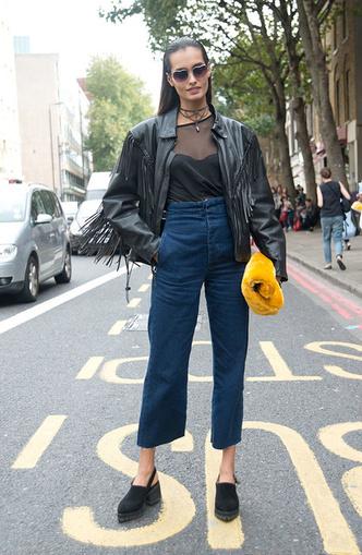 Back to 90s: 5 способов носить mom-джинсы (фото 13)