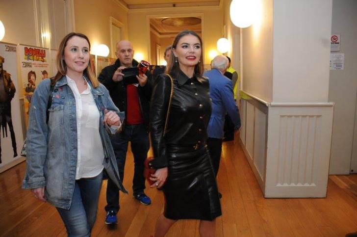 Редкий выход: Алина Кабаева на Фестивале спортивного кино в Милане (фото 1)