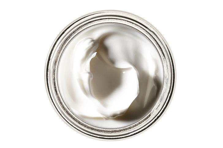 Крем Mille 1000, Maria Galland (23 520 руб.), с экстрактом белого трюфеля и золотом