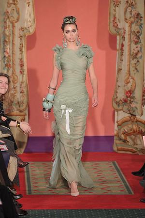 Показ Christian Lacroix коллекции сезона Весна-лето 2009 года haute couture - www.elle.ru - Подиум - фото 86468