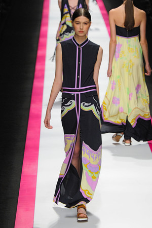 Показы мод Leonard Весна-лето 2011 | Подиум на ELLE - Подиум - фото 2485