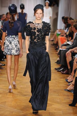 Показ Nina Ricci коллекции сезона Весна-лето 2012 года prêt-à-porter - www.elle.ru - Подиум - фото 306914