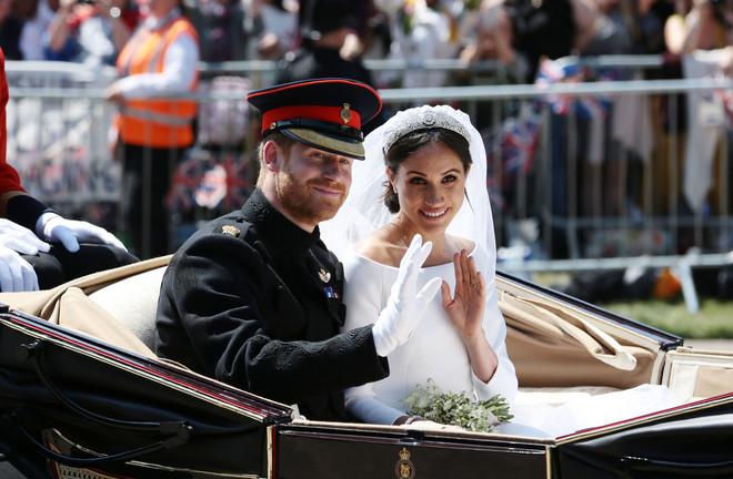 Это официально: принц Гарри и Меган Маркл стали родителями сына (фото 3)
