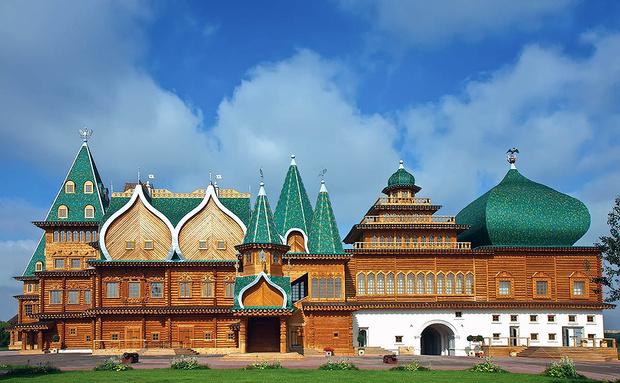 Перфоманс в Коломенской резиденции царя Алексея Михайловича