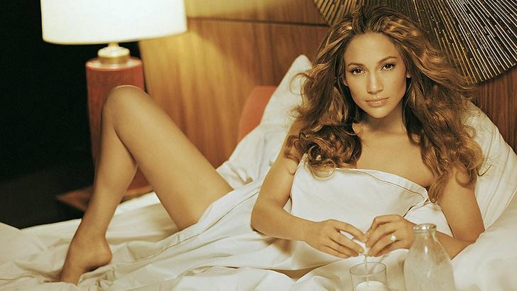 Что самые красивые женщины на планете делают по утрам?