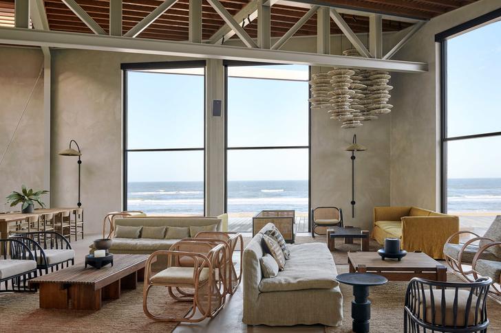 Уютный ресторан с видом на море (фото 10)