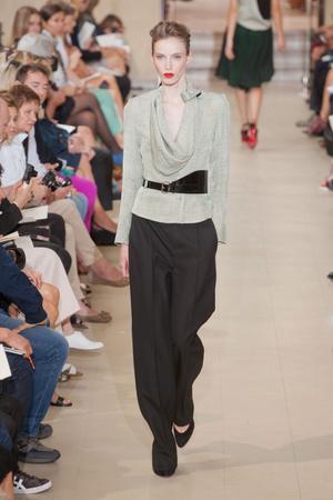 Показ Bouchra Jarrar коллекции сезона Осень-зима 2012-2013 года Haute couture - www.elle.ru - Подиум - фото 403094