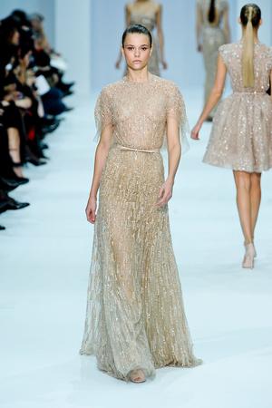 Показ Elie Saab коллекции сезона Весна-лето 2012 года haute couture - www.elle.ru - Подиум - фото 332663