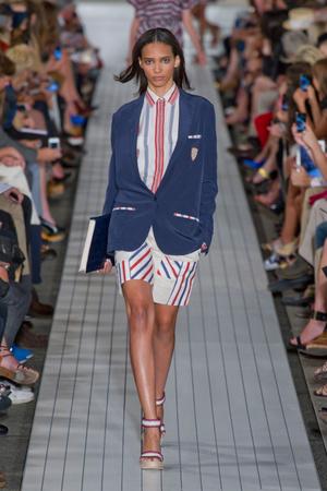 Показы мод Tommy Hilfiger Весна-лето 2013 | Подиум на ELLE - Подиум - фото 1274